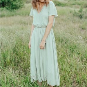 Dresses & Skirts - Derby dress in green